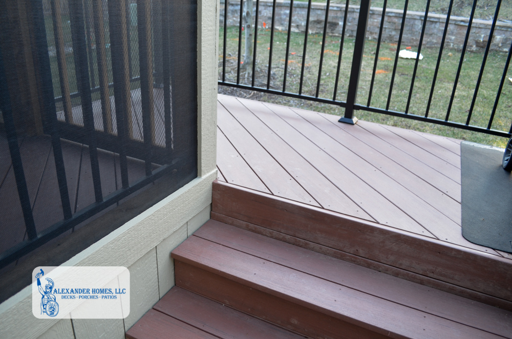 Custom Deck Builder Overland Park